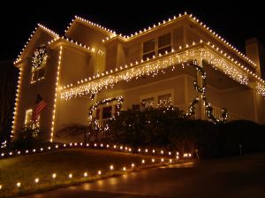 Outdoor Christmas Lights.Christmas Lights Express Lawn Sprinklers